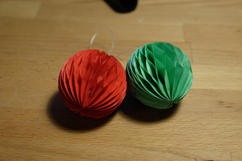 8 см бумажный шар, собранный